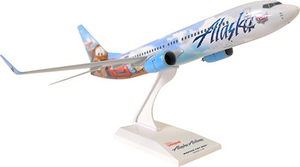 Skymarks Snap Together B737-800 1/130 Disney Cars