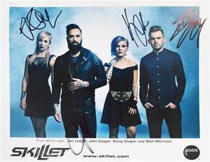 "Unleashed Autographed 8"" x 10"""