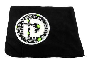 iD Tech Patterned Blanket