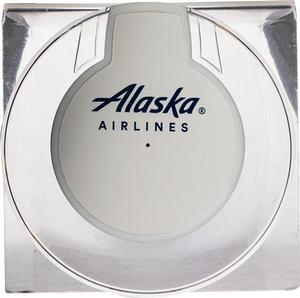 Alaska Airlines Qi UFO-Charging Port